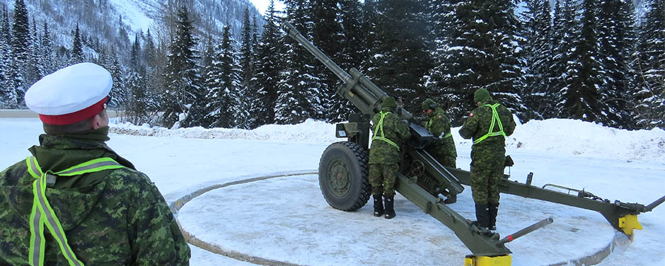 Slide - Gagetown Gunners keep Canadians safe from avalanches